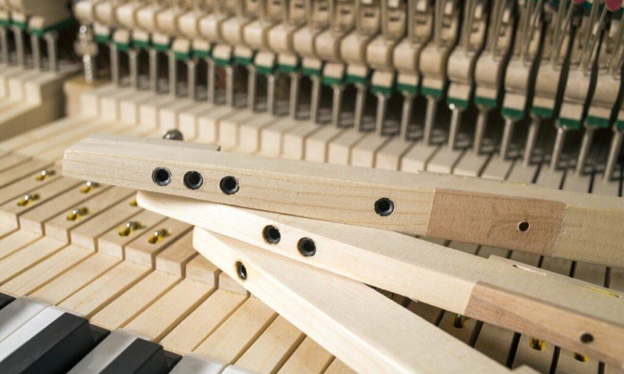 feurich-mod.-123-vienna-lead-free-keys-1024x683.jpg